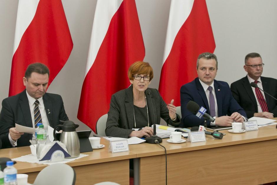 Elżbieta Rafalska: Wzrośnie finansowanie wojewódzkich rad dialogu społecznego