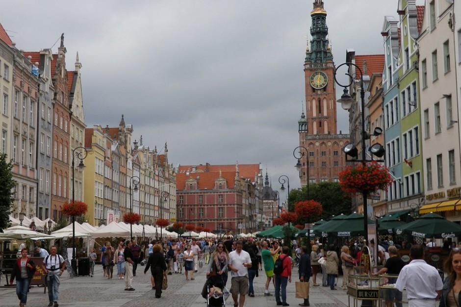 Gdańsk: na kwietnikach dominować mają biało-czerwone motywy