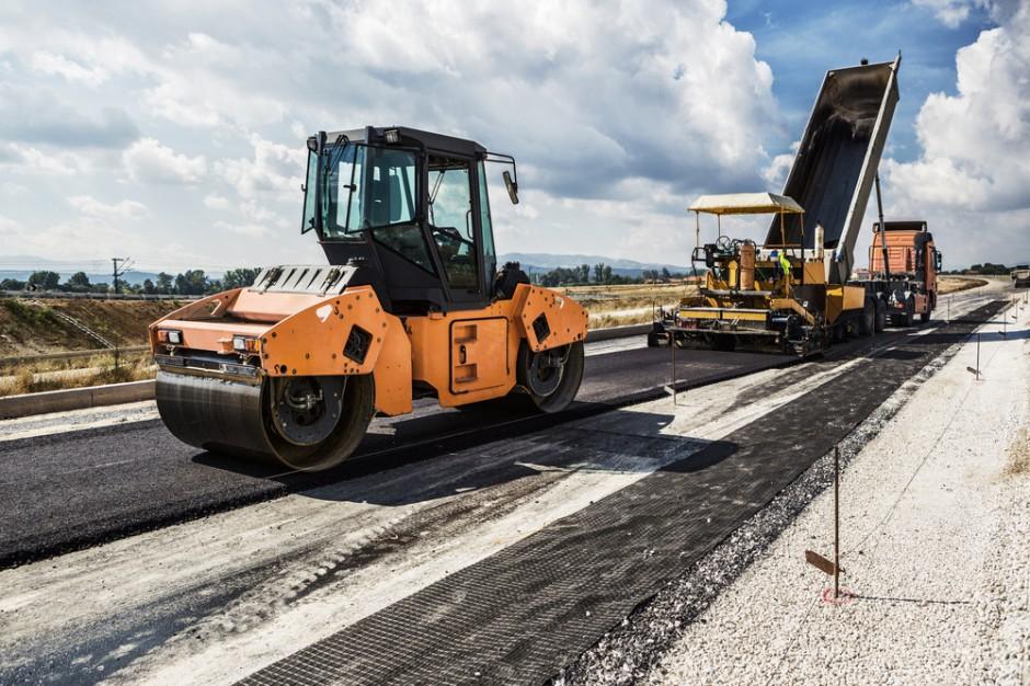 Podlaskie. Samorząd podpisał umowę na budowę strategicznej inwestycji drogowej