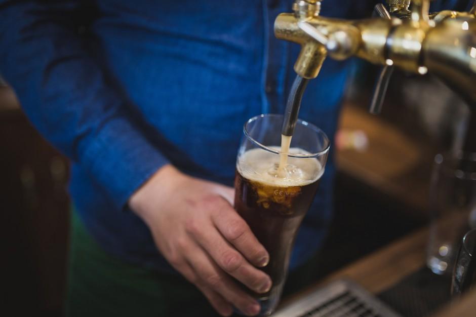 Zakaz nocnej sprzedaży alkoholu: Poznań, Olsztyn i Kraków są zainteresowane
