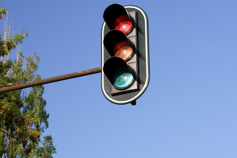 """Przez Chorzów przejedziesz na """"zielonej fali"""". Miasto buduje system zarządzania ruchem"""