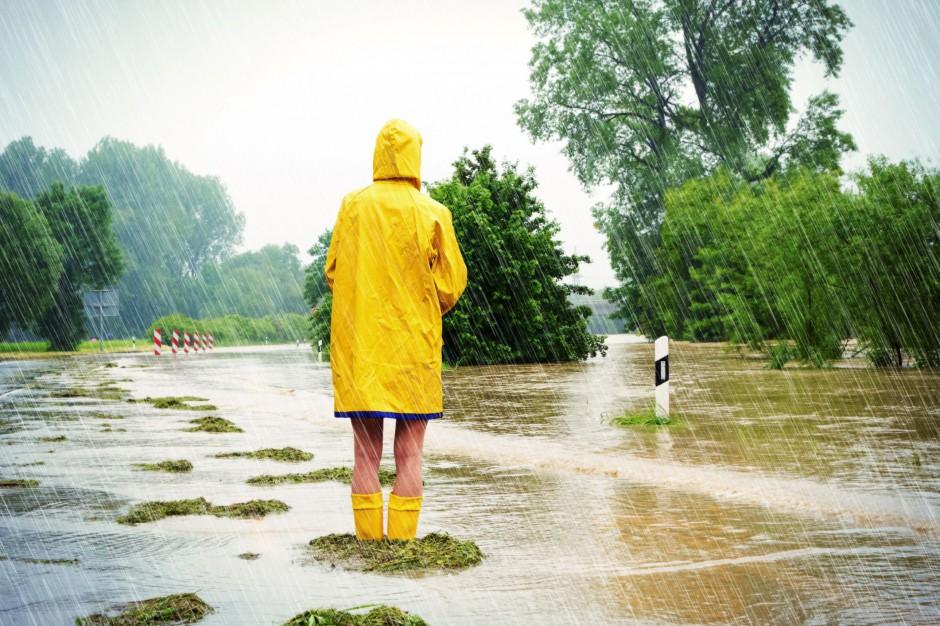 Jak postępować w przypadku powodzi? Procedury do przeglądu