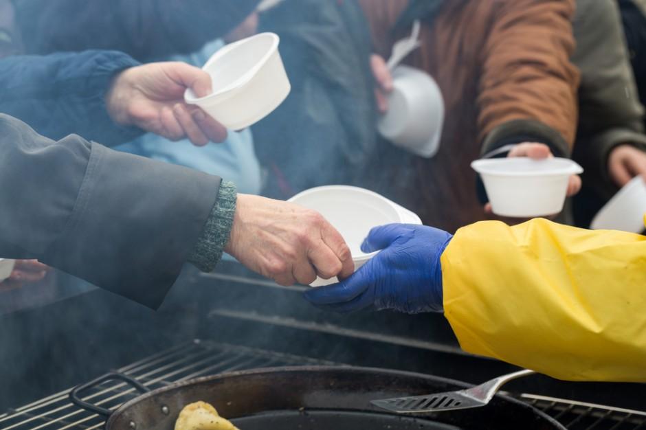 Będzie nowy rodzaj placówek dla osób bezdomnych. Posłowie przyjęli projekt ustawy