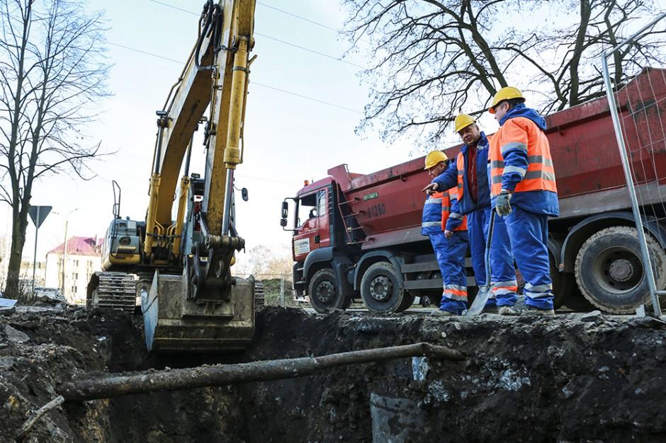 Dąbrowskie Wodociągi inwestują. Plan prac w 2018 roku