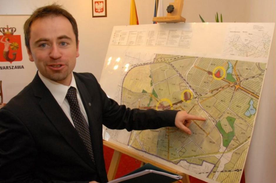 Który projekt ustawy reprywatyzacyjnej najlepszy dla Warszawy? Władze stolicy nie mają wątpliwości