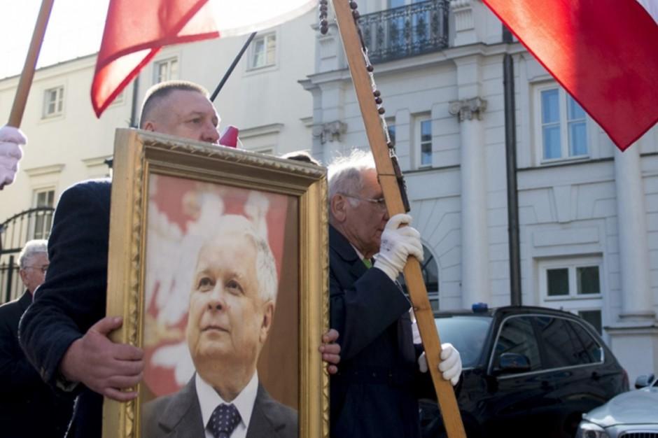 Wdowa po wiceministrze kultury: Warszawski ratusz nienawidzi Smoleńska
