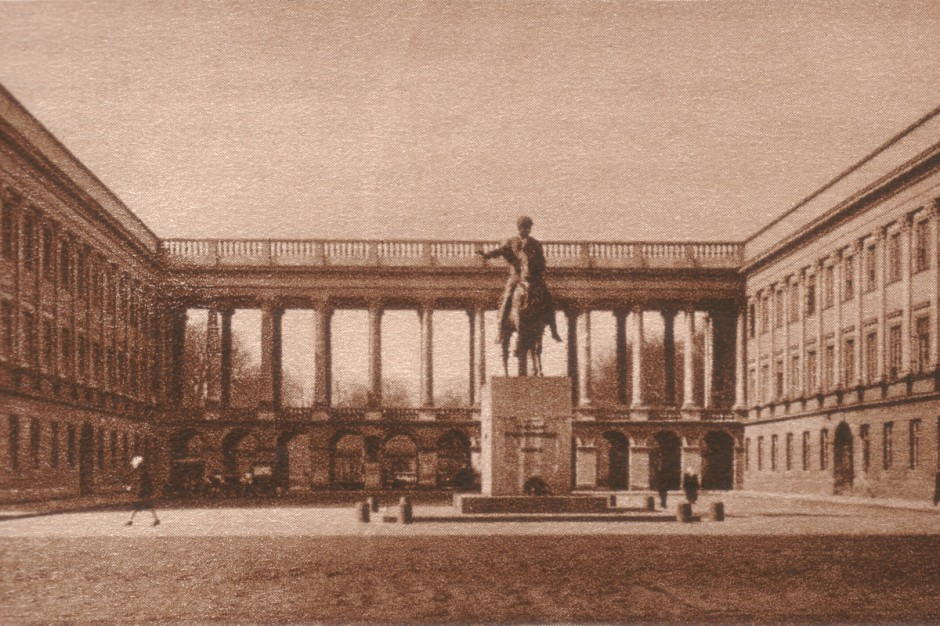Warszawa. Pałac Saski będzie odbudowany?