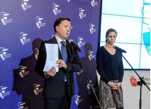 Konferencja prasowa w stołecznym ratuszu ( fot. UM st. Warszawy)