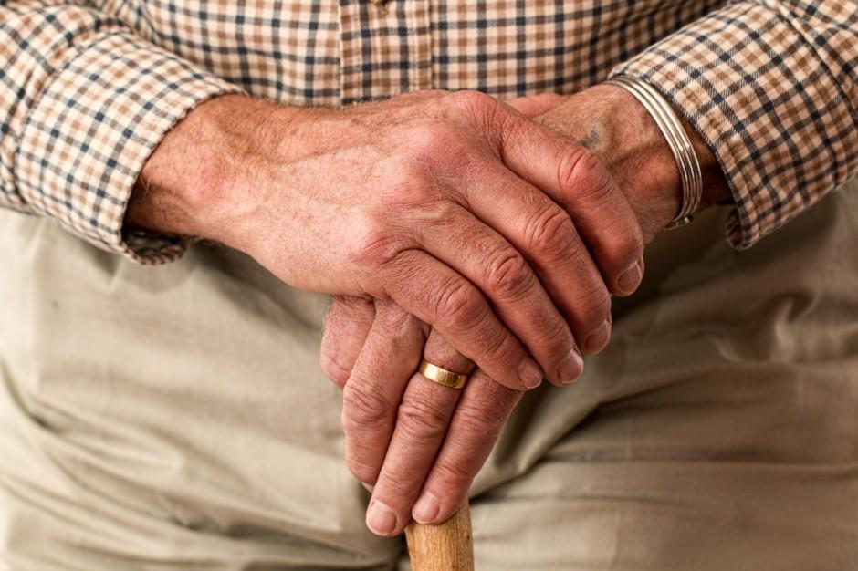 Polscy emeryci biedują. Ponad 160 tys. osób z najniższą emeryturą