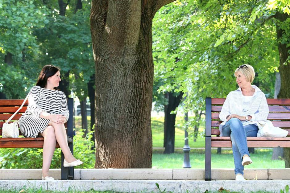 W polskich miastach brakuje ławek