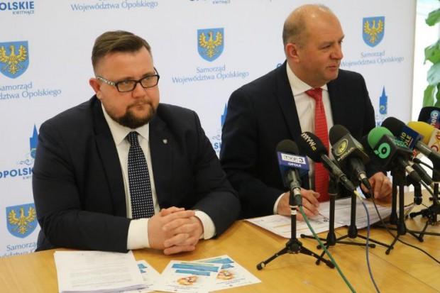 Konferencja prasowa dot. finansowani inwestycji drogowych (fot.umwo.opole.pl)
