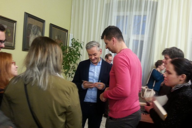 Robert Biedroń stawia na aktywne spotkania samorządowców z mieszkańcami (fot.aw)