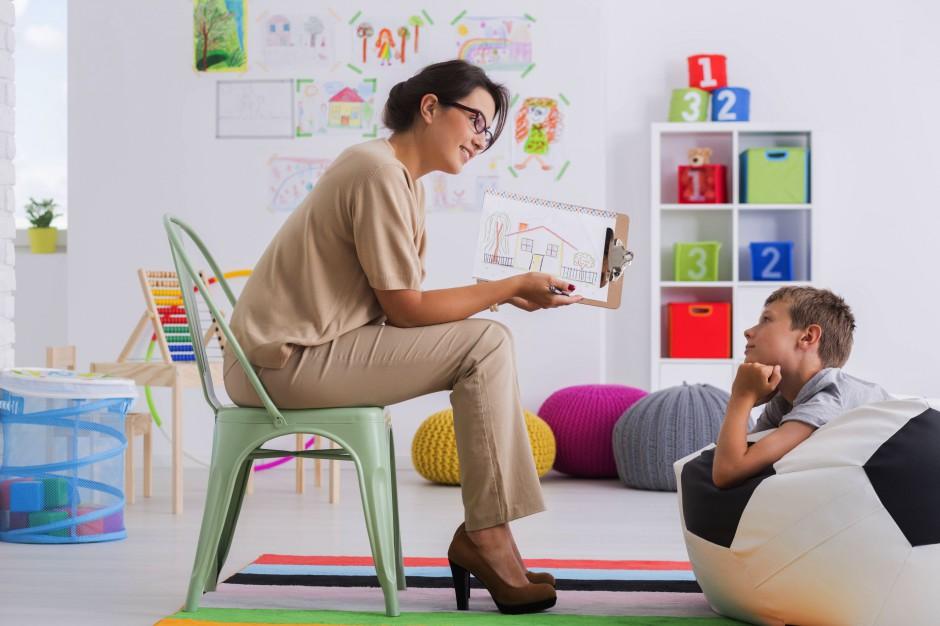 Psycholog i zespoły terapeutyczne w każdej szkole