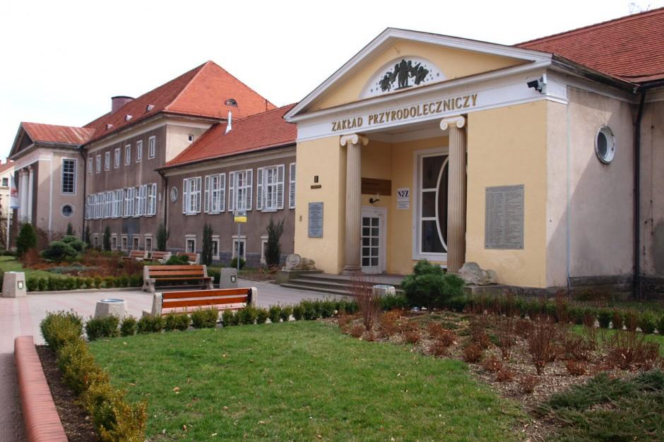 Pożar w w Szczawnie-Zdroju. Spłonął budynek Zakładu Przyrodoleczniczego
