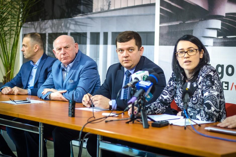 """Gorzów: 300 zł podwyżki """"na rękę"""" dla pracowników samorządowych"""