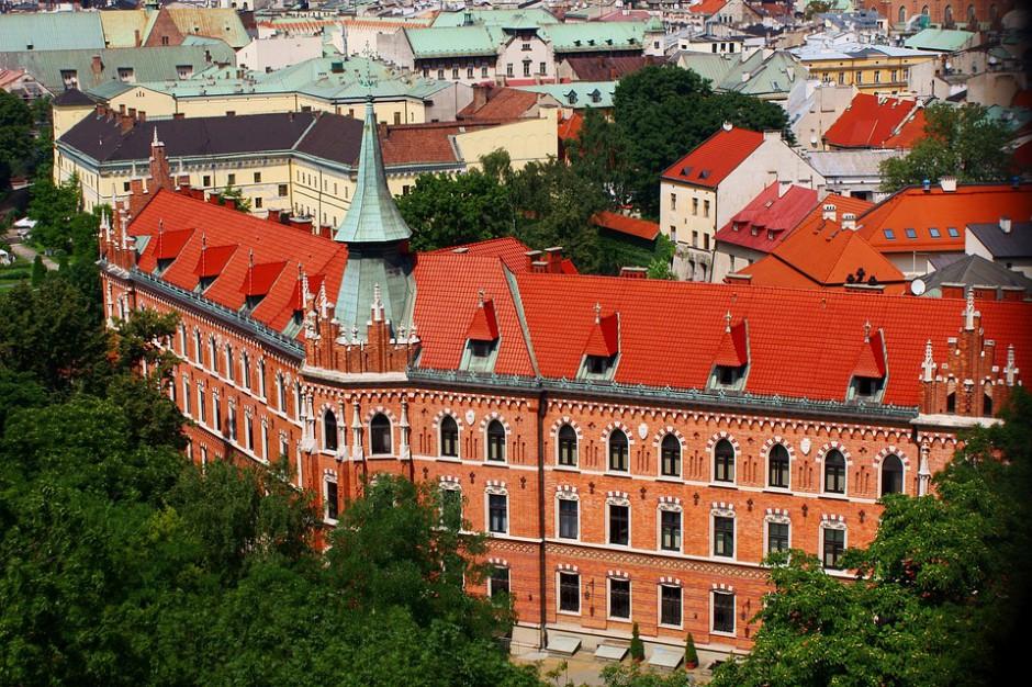 W Krakowie nadzwyczajna sesja dotycząca intensywnej zabudowy miasta