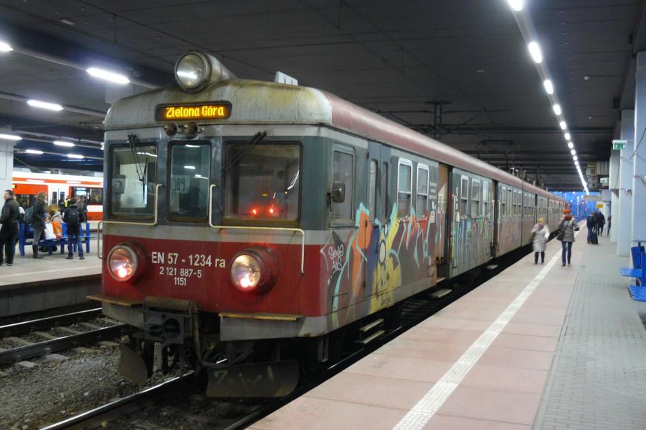 Poznań: Zmodernizowano perony na stacji głównej