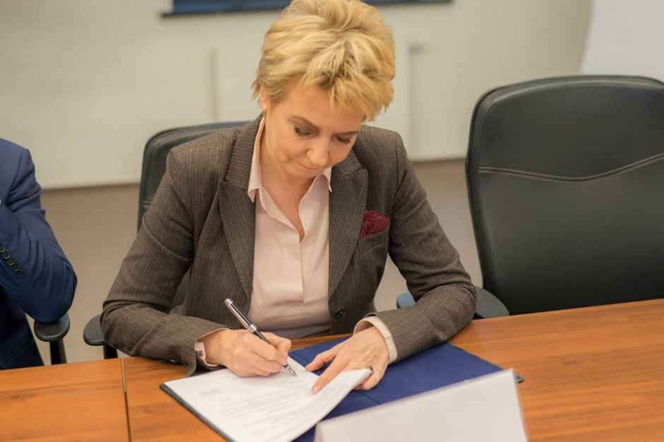 """Hanna Zdanowska z poparciem PO. """"Wyrok nie uniemożliwia jej startu"""""""