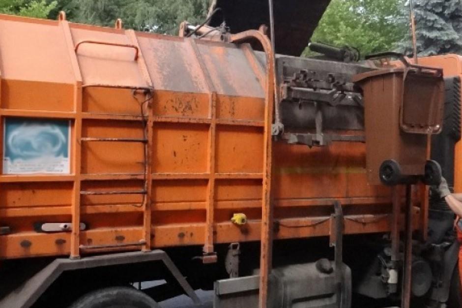 Kontrola ciężarówek i firm zbierających odpady. Świadomość przedsiębiorców i mieszkańców rośnie