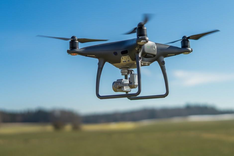 Drony zbadają powietrze w Krakowie