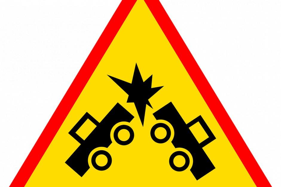 Warunki na drogach: Karambol na drodze krajowej nr 86 w Sosnowcu