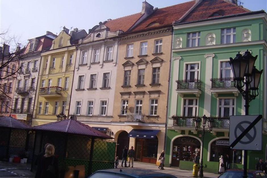 Główny Rynek w Kaliszu przejdzie rewitalizację. Miasto ogłosiło przetarg