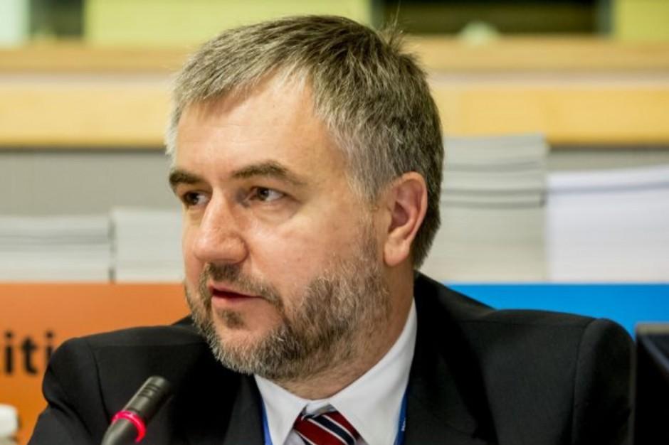 Marszałek Marek Woźniak na podsumowanie kadencji: PiS obdziera samorządy z kolejnych kompetencji