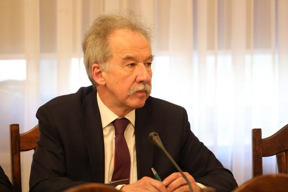 MSWiA przedstawiło 144 kandydatów na komisarzy wyborczych