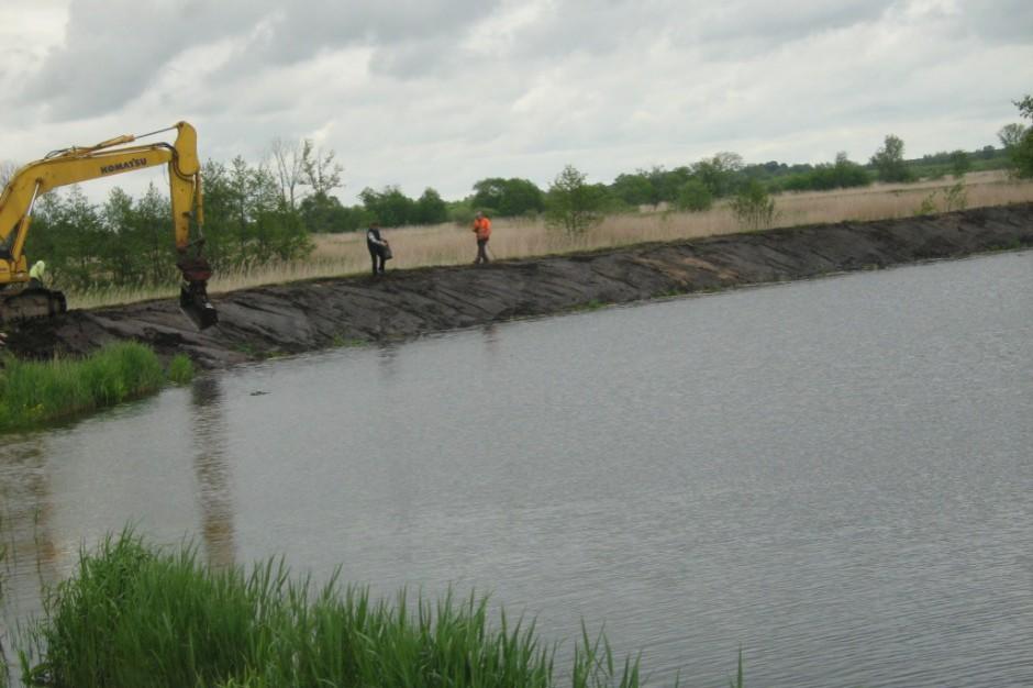 Wody Polskie: Pracownicy bez trzynastek, marszałkowie i prezes przerzucają się odpowiedzialnością