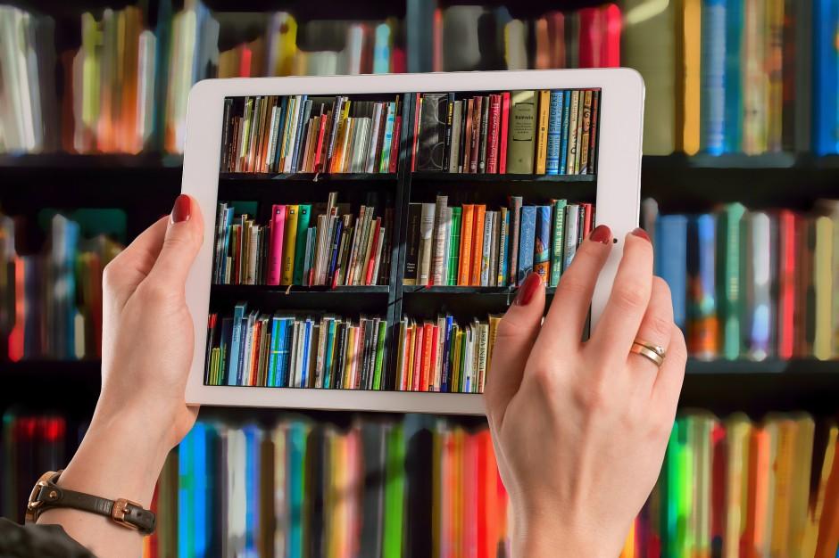 Cyfryzacja bibliotek szkolnych zwiększy poziom czytelnictwa wśród uczniów?