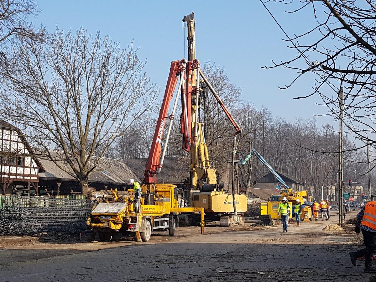 Zakończenie modernizacji linii na odcinku Krzeszowice-Trzebinia planowane jest w 2020 r. Wartość prac to ok. 600 mln zł. (fot.Twitter/PKP PLK)