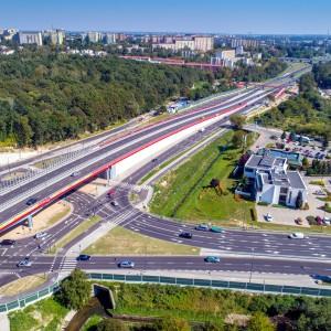 <p>Usprawnione zostały połączenia pomiędzy dzielnicami Lublina, poprawiła się także dostępność do strefy aktywizacji gospodarczej miasta</p>
