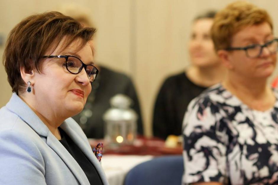 Zalewska odpowiada ZNP: mamy kontrargumenty poparte faktami i wyliczeniami