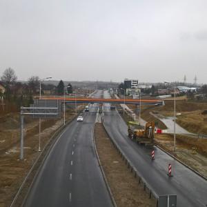 <p>W ramach tej inwestycji wybudowany został odcinek drogi wojew&oacute;dzkiej w Rzeszowie od ul. Podkarpackiej do granic miasta.</p>