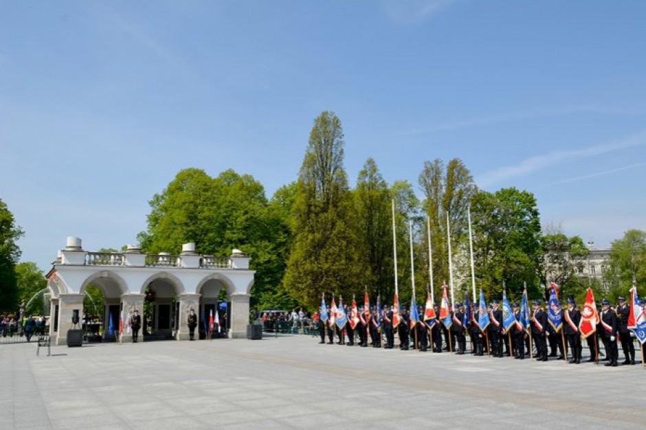 Wojewoda zgodził się na wmurowanie kamienia węgielnego pod pomnik L. Kaczyńskiego