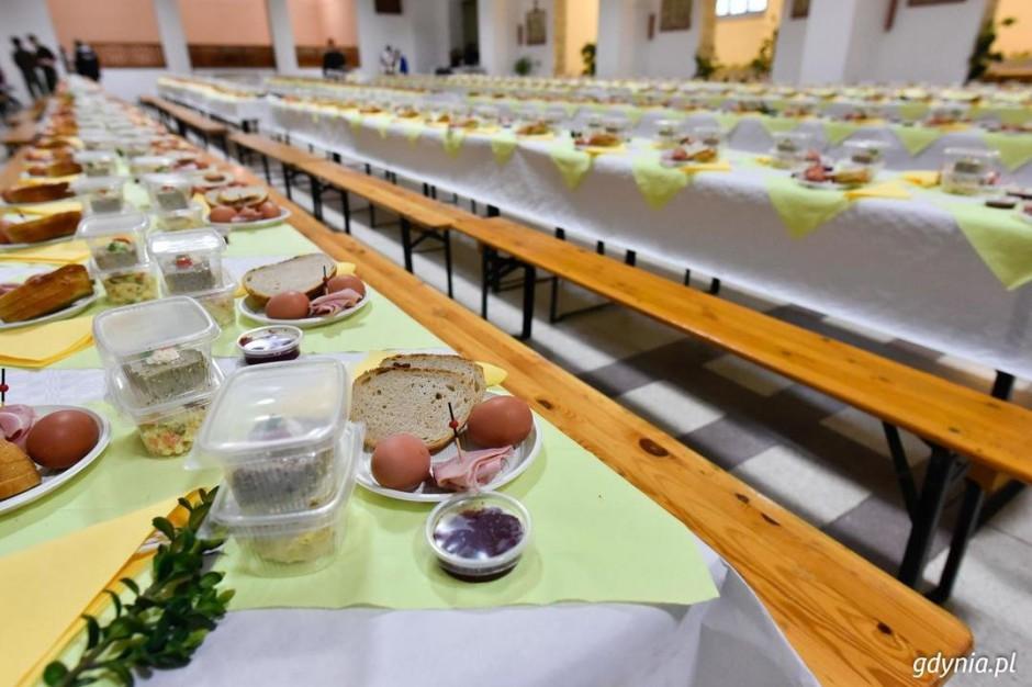 Gdynia: Wielkanoce śniadanie na tysiąc osób