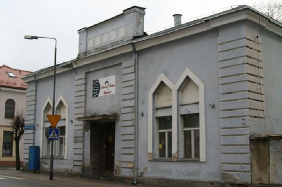 Były konserwator zabytków odpowie za rozbiórkę szkoły talmudycznej
