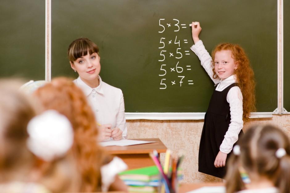 Ile będą kosztować podwyżki dla nauczycieli? Mamy wyliczenia miast