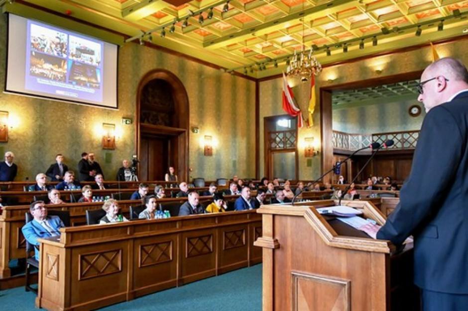 Rada Miejska udzieliła absolutorium prezydentowi Wrocławia