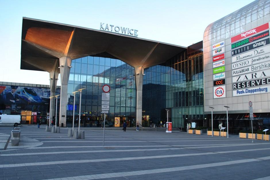 Kaczyńscy nie będą mieć ulicy w Katowicach. Jest decyzja sądu