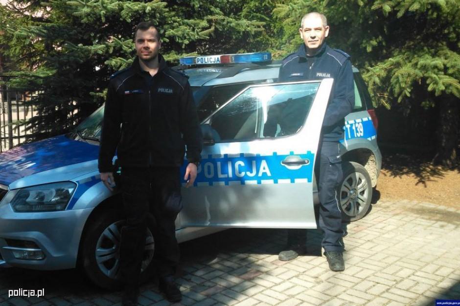 Policja sprawdzi dane o pojeździe w systemie informatycznym