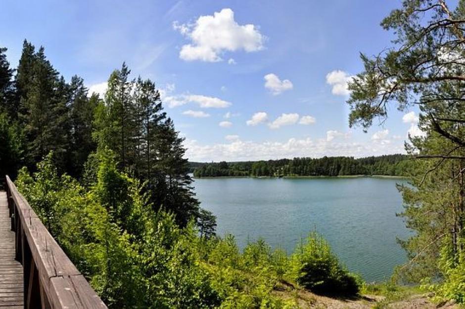 Wody Polskie: Opłaty za użytkowanie gruntów pokrytych wodami