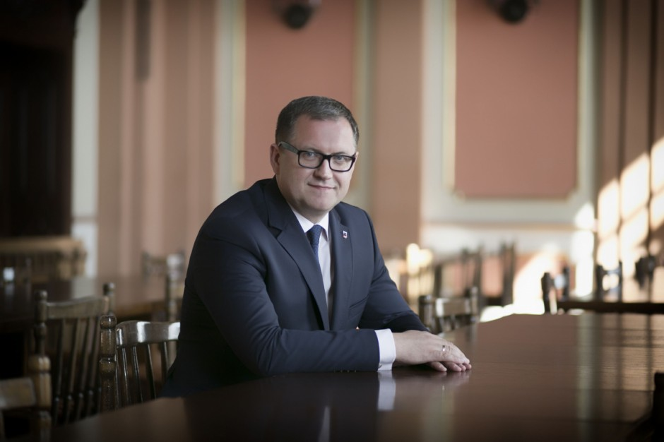 Kalisz: Spór radnych z prezydentem skutkuje cięciami miejskich inwestycji i promocji