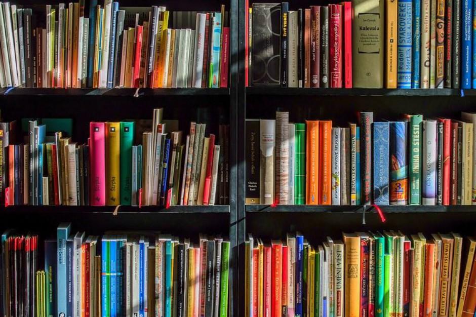 W Bydgoszczy powstaną trzy nowe stacje bookcrossingowe