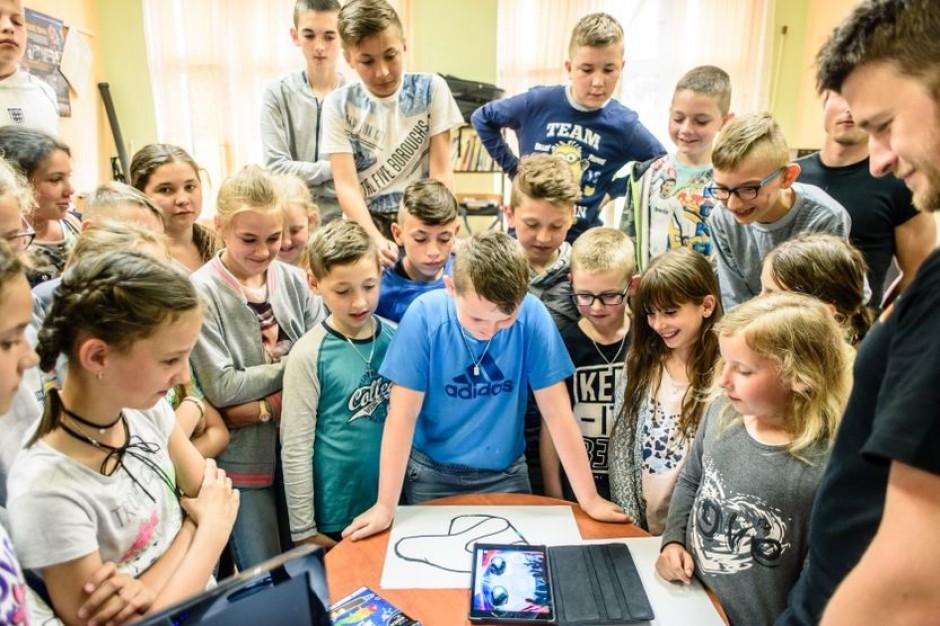 Multimedialne narzędzia w szkołach? Te programy uczą kreatywności