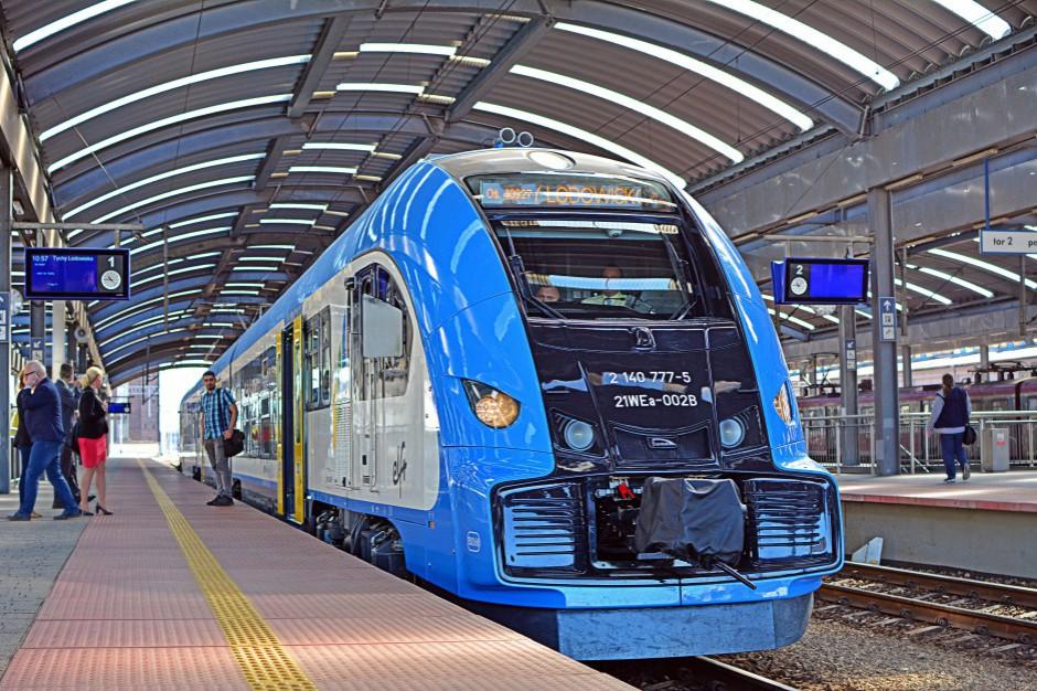 Koleje Śląskie. Odwołania i opóźnienia pociągów przez problemy z taborem