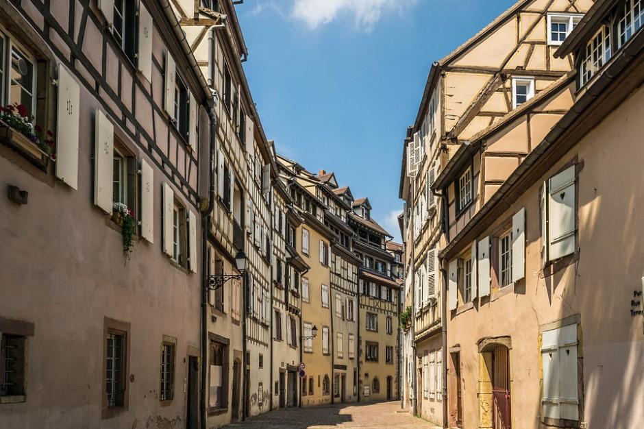 5 mld euro na rewitalizację 222 średnich miast we Francji
