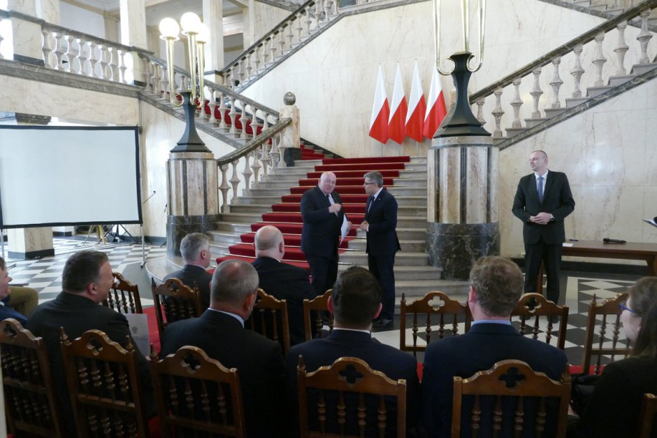 Ponad 27 mln zł dla samorządów woj. śląskiego na usuwanie klęsk żywiołowych
