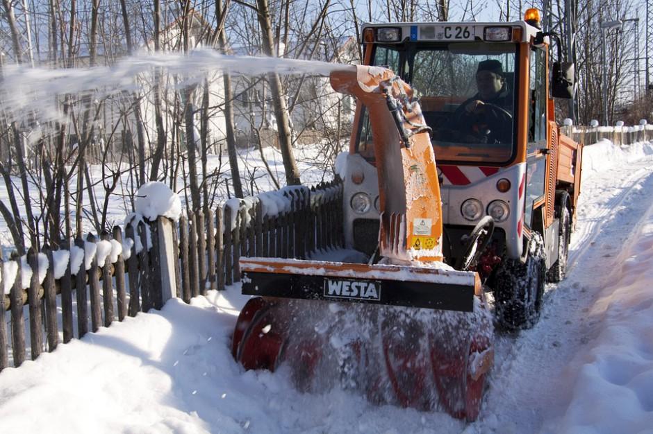 W Białymstoku otwarto oferty w przetargu na zimowe oczyszczanie miasta