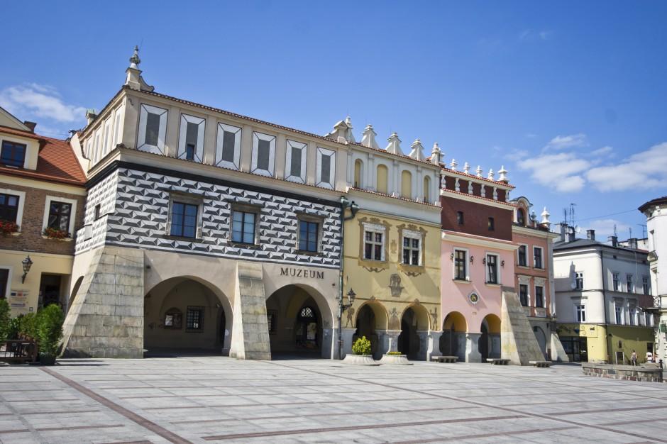 Rusza remont renesansowych kamienic na rynku w Tarnowie